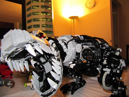 lego-rex-6.jpg
